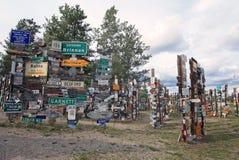 Wegweiser-Wald in Watson Lake, Yukon, Kanada lizenzfreies stockfoto
