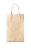 Wegwerfbarer Papierbeutel auf weißem Hintergrund Stockfoto