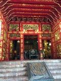Wehart Chamrun bostads- korridor, den kinesiska stilen för biskopsstol av H M Konung Chulalongkorn arkivbild