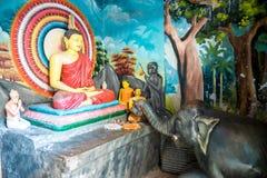 Weherahena buddistisk tempel, Sri Lanka Royaltyfri Fotografi