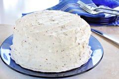 Weiß bereifter Kuchen Stockfoto
