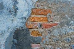 Weiß gewaschene heraus alte Backsteinmauer-Hintergrundbeschaffenheit Lizenzfreies Stockbild