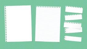 Weiße angeordnete heftige Anmerkung, Notizbuch, Schreibheftpapierblätter Lizenzfreie Stockfotografie