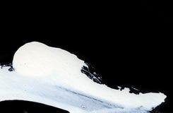 Weiße ausdrucksvolle Bürstenanschläge für die kreativen, innovativen, interessanten Hintergründe in der Zenart Lizenzfreie Stockfotos