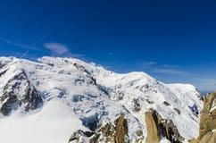 Weiße Berge der Alpen Lizenzfreie Stockbilder