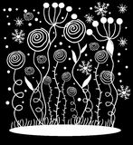 Weiße Blumen auf schwarzem Hintergrund Lizenzfreie Stockfotografie