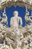 Weiße Buddha-Skulptur, Thailand stockfoto