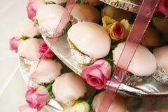 Weiße Cupkuchen Stockbild