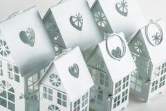 Weiße dekorative Häuser Lizenzfreie Stockfotografie