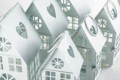 Weiße dekorative Häuser Lizenzfreie Stockbilder