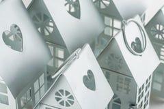 Weiße dekorative Häuser Lizenzfreies Stockfoto