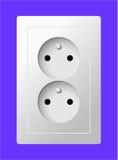 Weiße elektrische Doppelsteckdose Stockbild