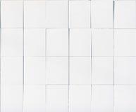 Weiße Fliesenwandbeschaffenheit Lizenzfreie Stockfotografie