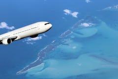 Weiße Flugzeuge über Bahamas Lizenzfreie Stockfotografie