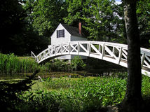 Weiße Fuß Brücke stockfotografie