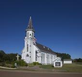 Weiße hölzerne Kirche Stockfotografie