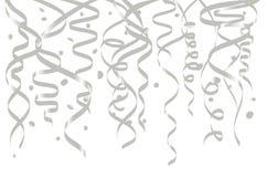 Weiße Hintergrundschablone der Feier mit Konfetti- und Silberbändern Auch im corel abgehobenen Betrag vektor abbildung