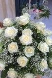Weiße Hochzeitsrosen Lizenzfreie Stockbilder