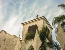 Weiße Kapelle niedriger Angel View Stockbilder