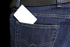 Weiße Karte in der Jeanstasche Stockbild