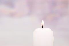 Weiße Kerze lizenzfreie stockbilder