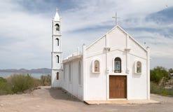 Weiße Kirche in Mulege Stockfotos