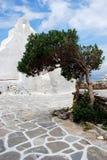Weiße Kirche in Mykonos Stockfotografie