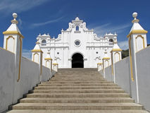 Weiße Kirche von Apaneca, El Salvador Stockfotos