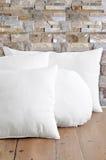 Weiße Kissen lizenzfreies stockfoto