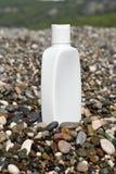 Weiße kosmetische Flasche Stockfoto