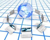 Weiße Laptope auf Rasterfeld Fußboden Lizenzfreie Stockfotos