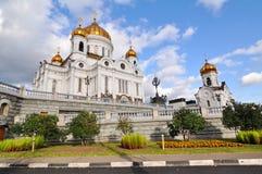 Weiße orthodoxe Kirche Lizenzfreie Stockfotografie