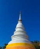 Weiße Pagode in Wat Phra Singh Stockbilder