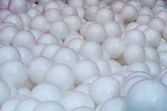 Weiße Plastikbälle Hintergrund, Beschaffenheit Stockfoto