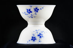 Weiße Porzellanschüssel Stockfoto