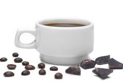 Weiße Schale Espresso auf einem weißen Hintergrund Lizenzfreie Stockfotografie