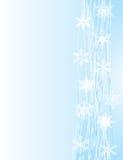 Weiße Schneeflocken auf blauem Hintergrund lizenzfreie abbildung