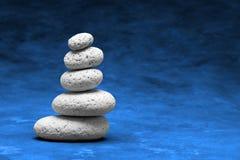 Weiße Steine im a-Stapel Stockbild