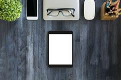 Weiße Tablette und andere Einzelteile Lizenzfreie Stockfotos