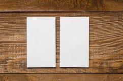 Weiße unbelegte Visitenkarte lizenzfreies stockfoto