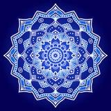 Weiße und blaue grafische indische Blumenmandala lizenzfreie abbildung