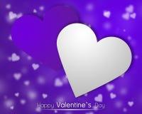 Weiße und purpurrote Herzen auf einem purpurroten backgroung mit zerstreuten wenig Herzen Stockbilder