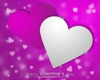 Weiße und rosa Herzen auf einem rosa backgroung mit zerstreuten wenig Herzen Lizenzfreies Stockbild