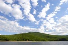 Weiße Wolken Lizenzfreie Stockfotos