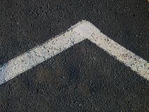 Weiße Zeile auf Asphalt Lizenzfreies Stockbild