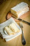 Weißer Angel Food Cake Lizenzfreie Stockfotos