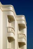 Weißer Balkon Stockfoto