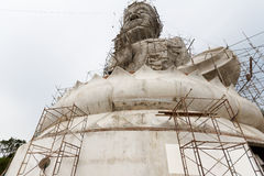 Weißer Buddha im Bau Stockfotos