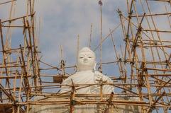 Weißer Buddha, Thailand lizenzfreie stockbilder