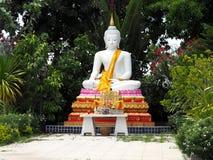 Weißer Buddha in Thailland-Tempel, Ayutthaya-Stadt, alter Tempel Lizenzfreie Stockbilder